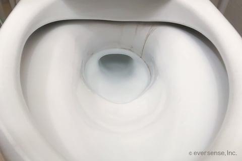 トイレの便器の黒ずみ