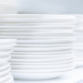ディッシュラックでお皿を整理整頓!出し入れもしやすくなる7選
