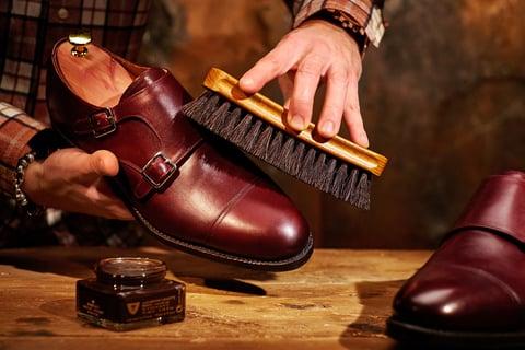 革靴 ブラシ 靴磨き