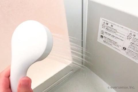 シャワーですすぐ