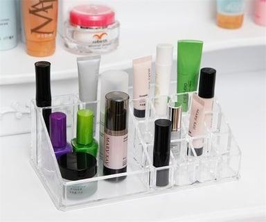 化粧水 収納