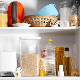 キッチンのパントリー収納術!100均を使ったアイデアや方法は?