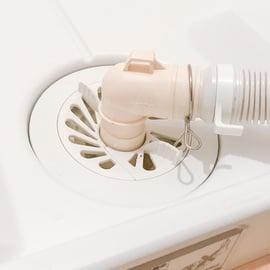 洗濯機の排水口が臭い!これって下水の臭い?どうすれば解消できる?