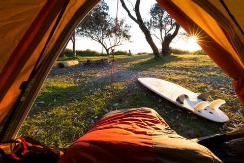 寝袋 テント