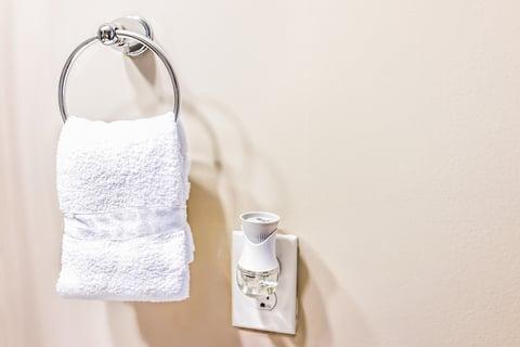 トイレ 収納 タオル 消臭剤