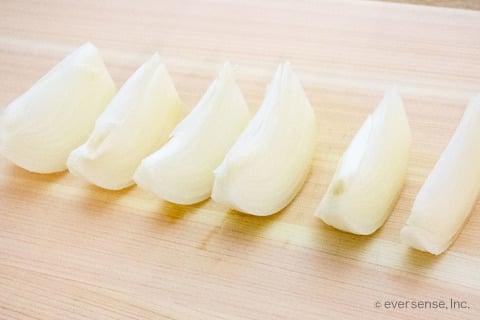 玉ねぎ 切り方 くし形切り くし切り