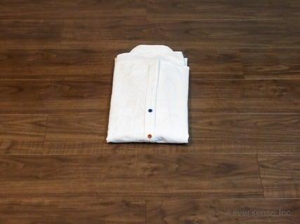 シャツのたたみ方 手順4