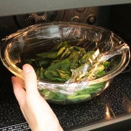 小松菜 茹で方 ラップして温める