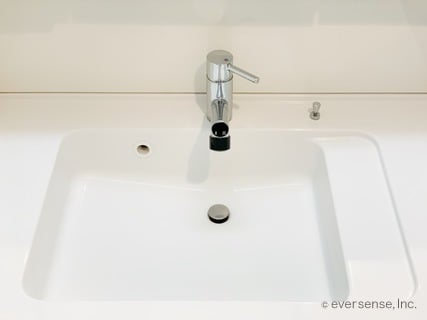 ちょい家事 洗面所のタオルで掃除 シンクの全景