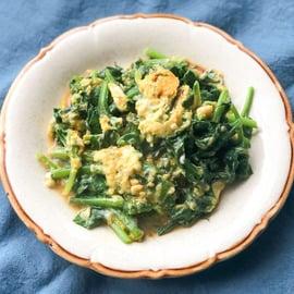 卵 ほうれん草 レシピ 卵とほうれん草のバター醤油炒め