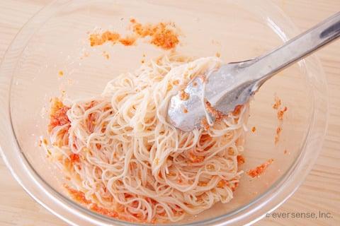 そうめん トマト レシピ ソースにそうめんを和える