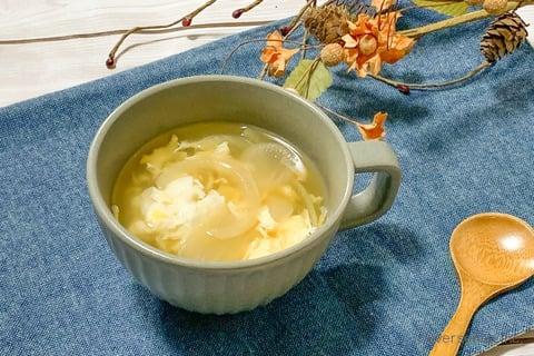 玉ねぎ 卵 レシピ  玉ねぎとふんわり卵のスープ