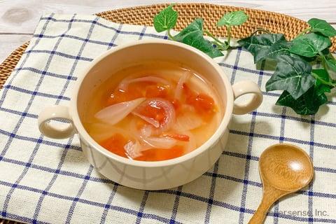 玉ねぎ トマト スープ レシピ 玉ねぎとトマトのあっさりスープ