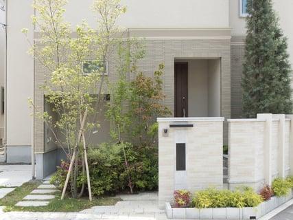 家 住宅 外壁
