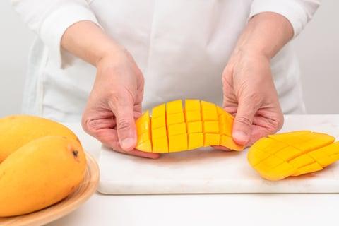 マンゴー 剥き方 フルーツ カット