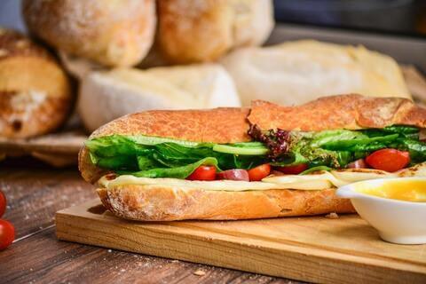 フランスパン バゲット サンドイッチ